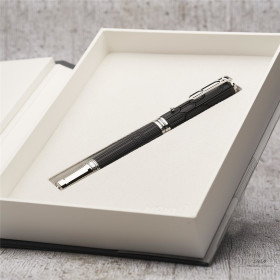 Montblanc Writers Edition Roller Ball Homage to Victor...